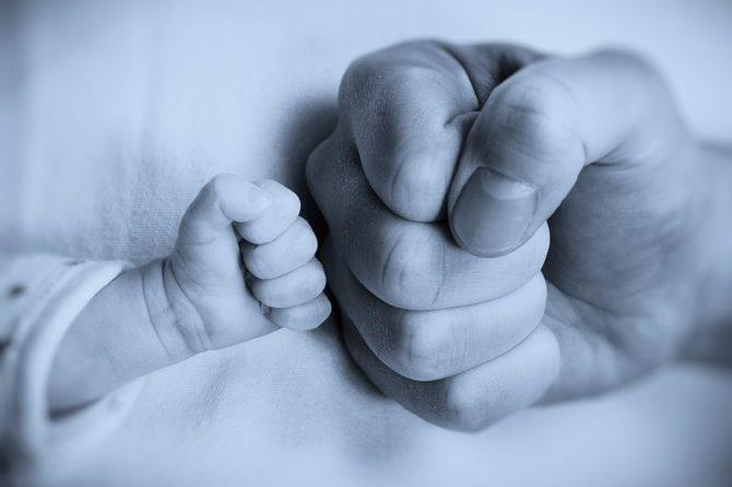 Zwei Wochen Vaterschaftsurlaub in der Schweiz